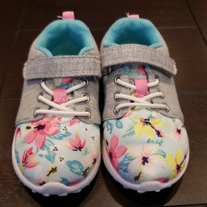 Like new Carter's floral sneakers